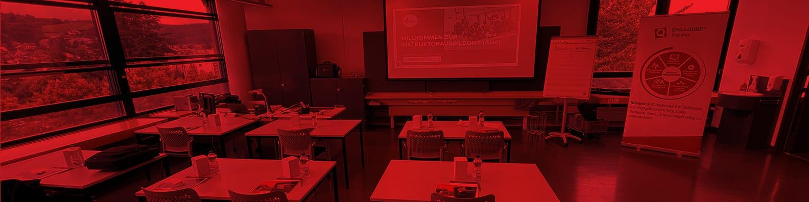 Erfolgreicher ACLS Provider Kurs beim langjährigen Partner von SKILLQUBE der Europäischen Fachhochschule Rhein/Erft